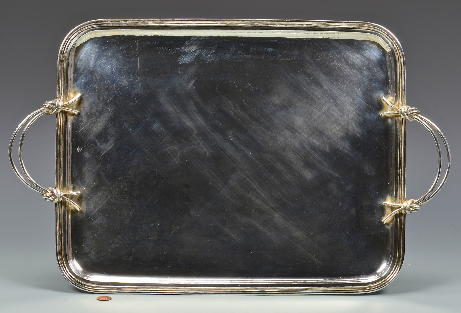 Lot 867: 900 Silver Waiter's Tray