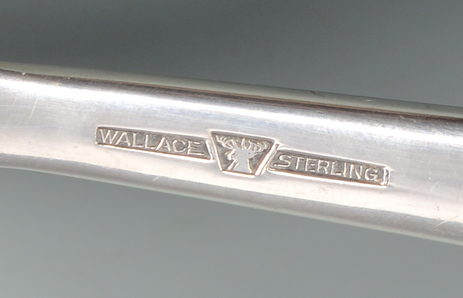 Lot 870: Wallace Grand Baroque Sterling Flatware, 58 pieces
