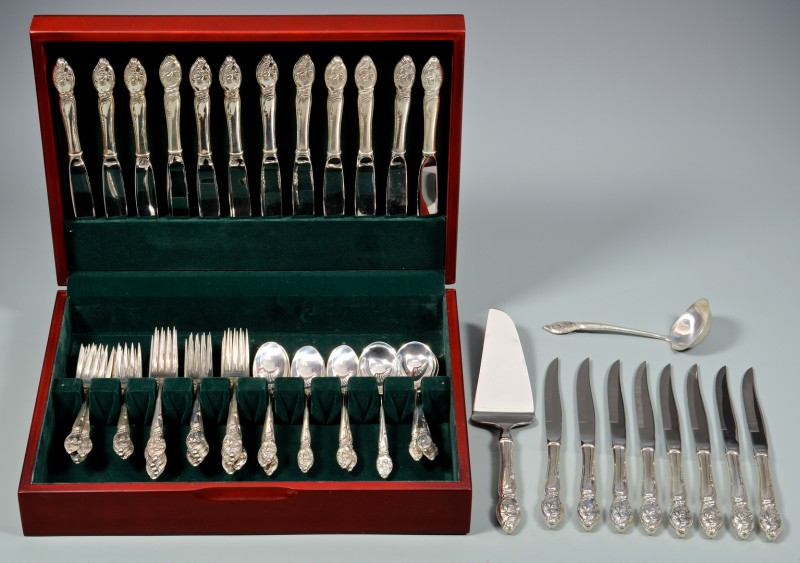 Lot 884: Westmoreland Enchanting Orchid Sterling Flatware