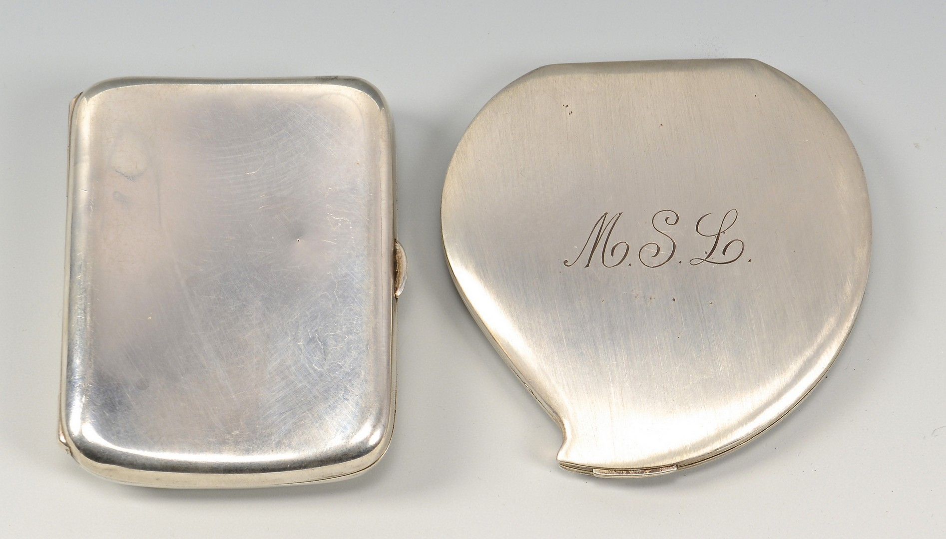 Lot 939: 7 Misc. Silver Items incl. Purses, Card Cases