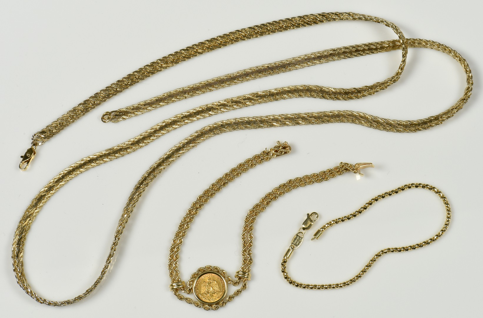 Lot 946: Group 14K and 10K jewelry