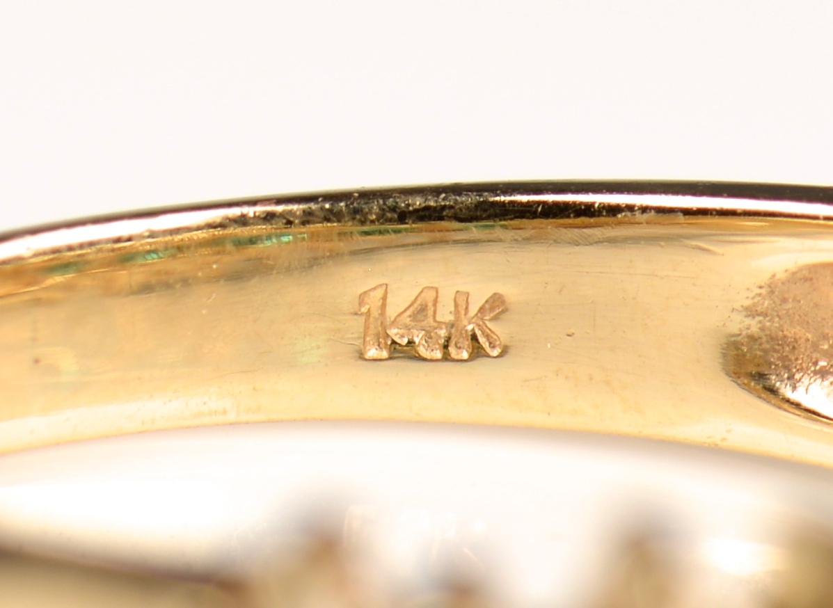 Lot 950: Emerald, Amethyst, Topaz Jewelry