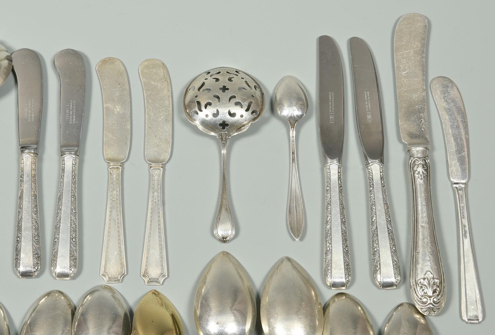 Lot 956: Group Vintage Sterling Flatware