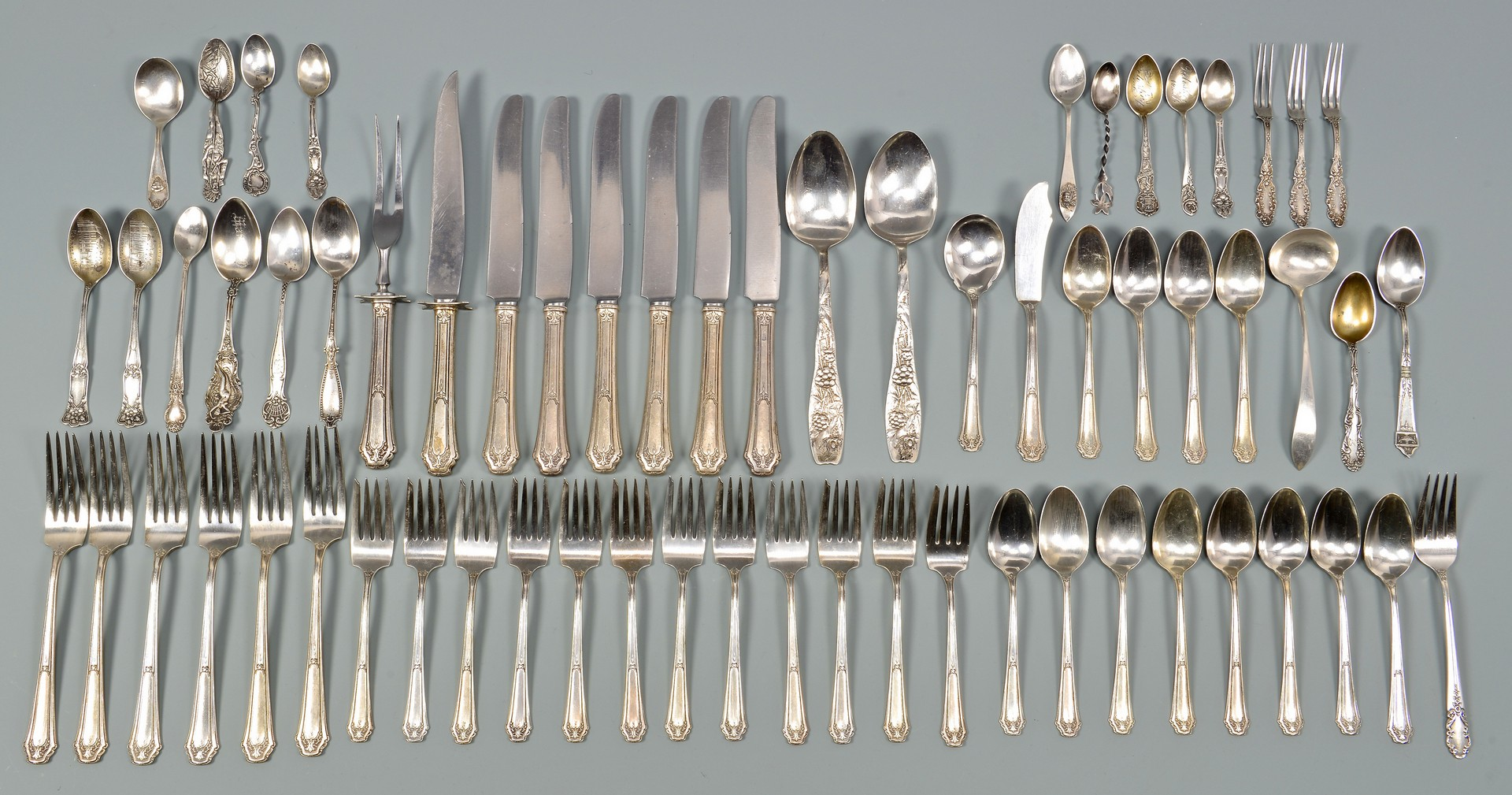 Lot 957: Wallace Sterling Flatware & Others