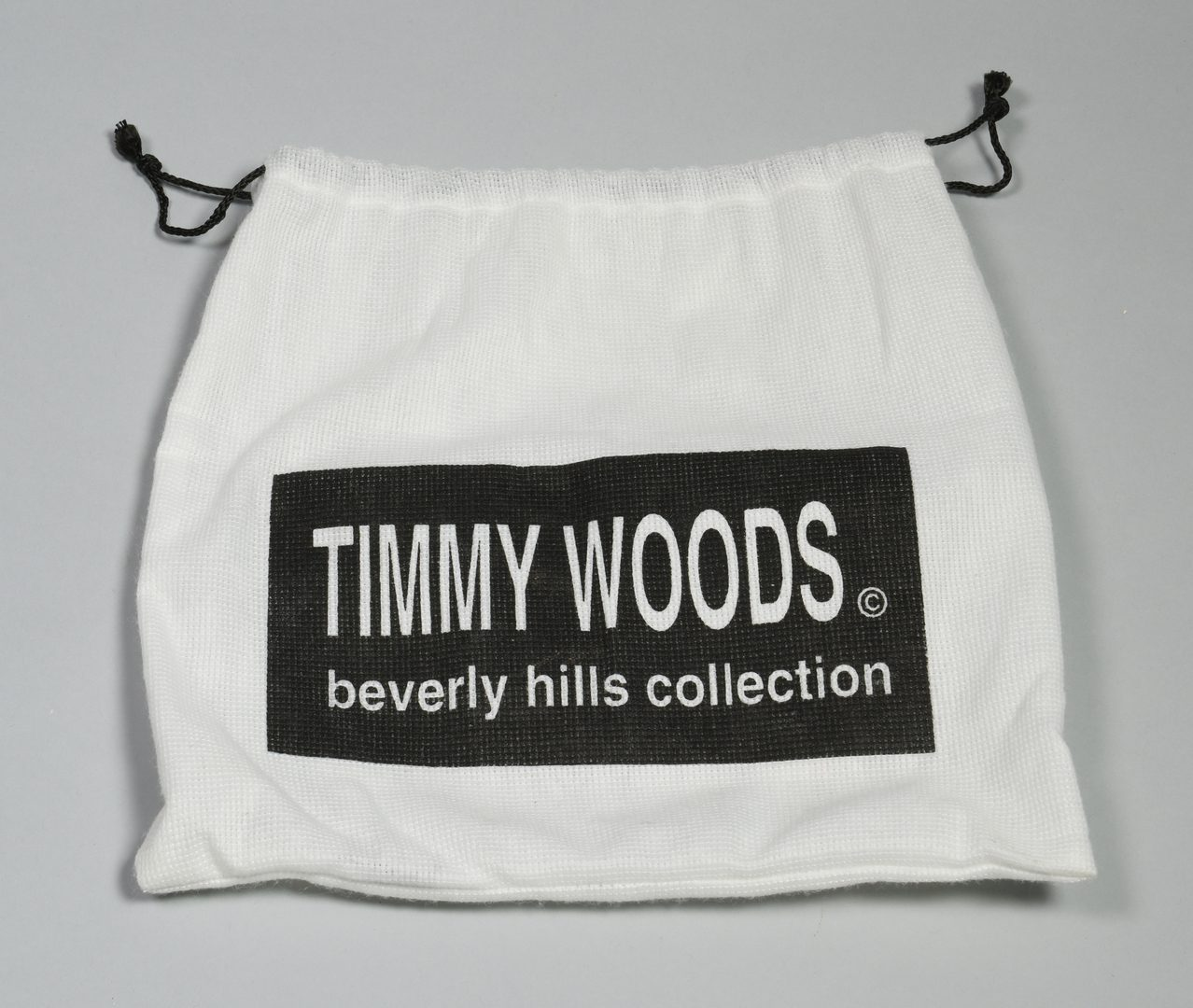 Lot 164: 4 Timmy Woods Beverly Hills Carved Wooden Purses