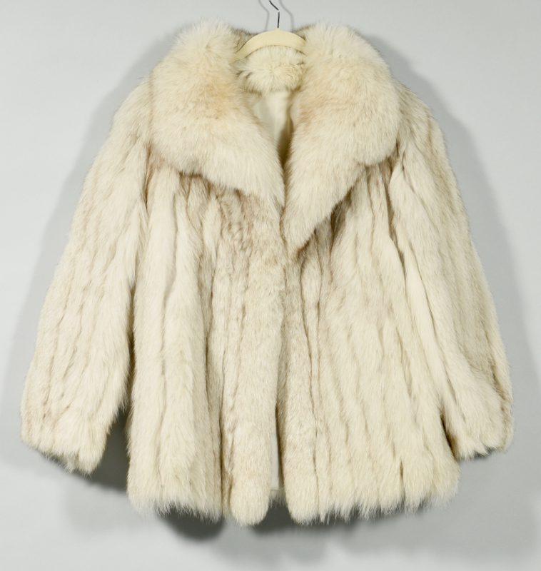Lot 167: Ladies Blue Fox Fur Coat