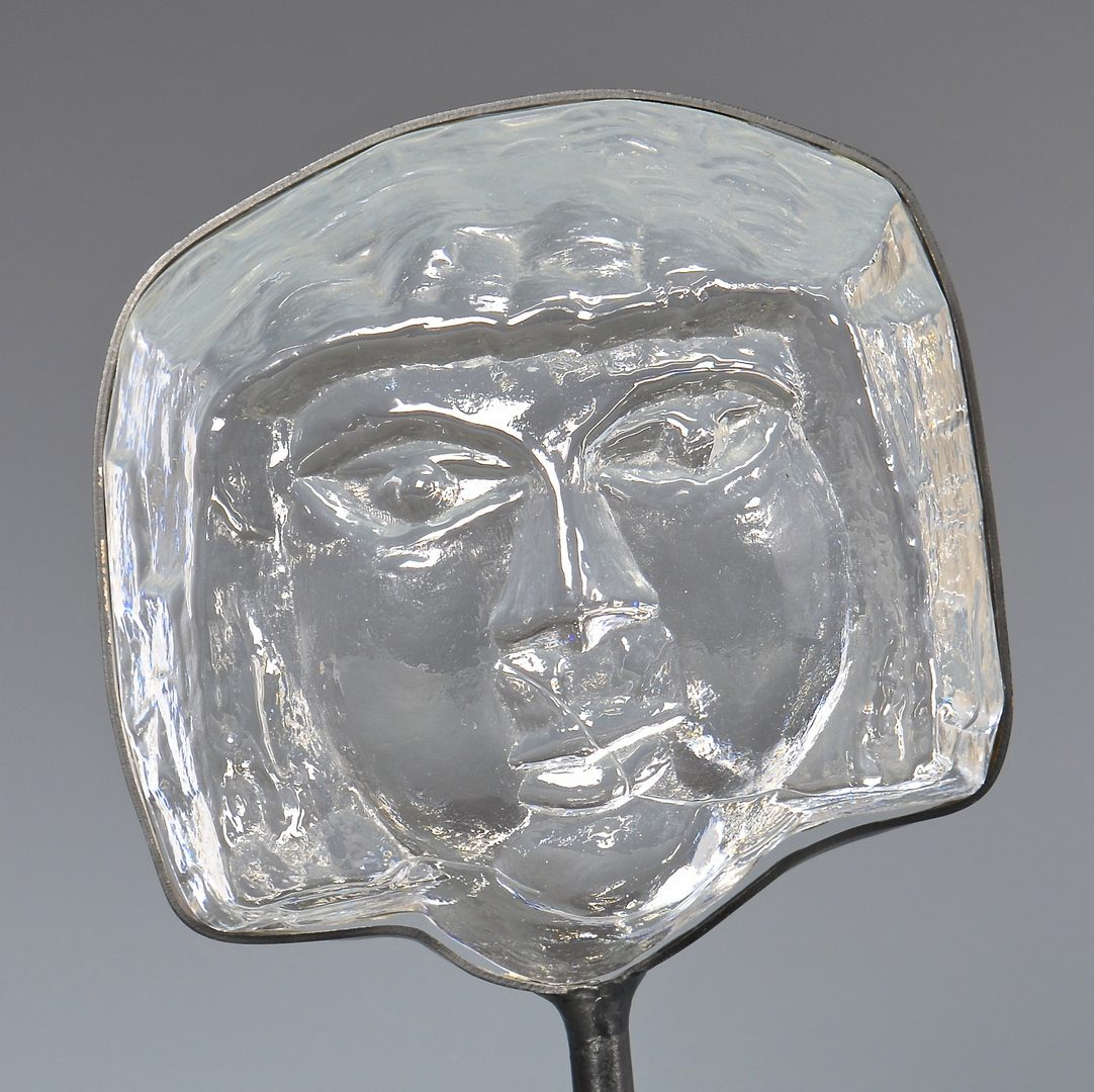 Lot 42: Erik Hoglund Kosta Boda Face Sculpture