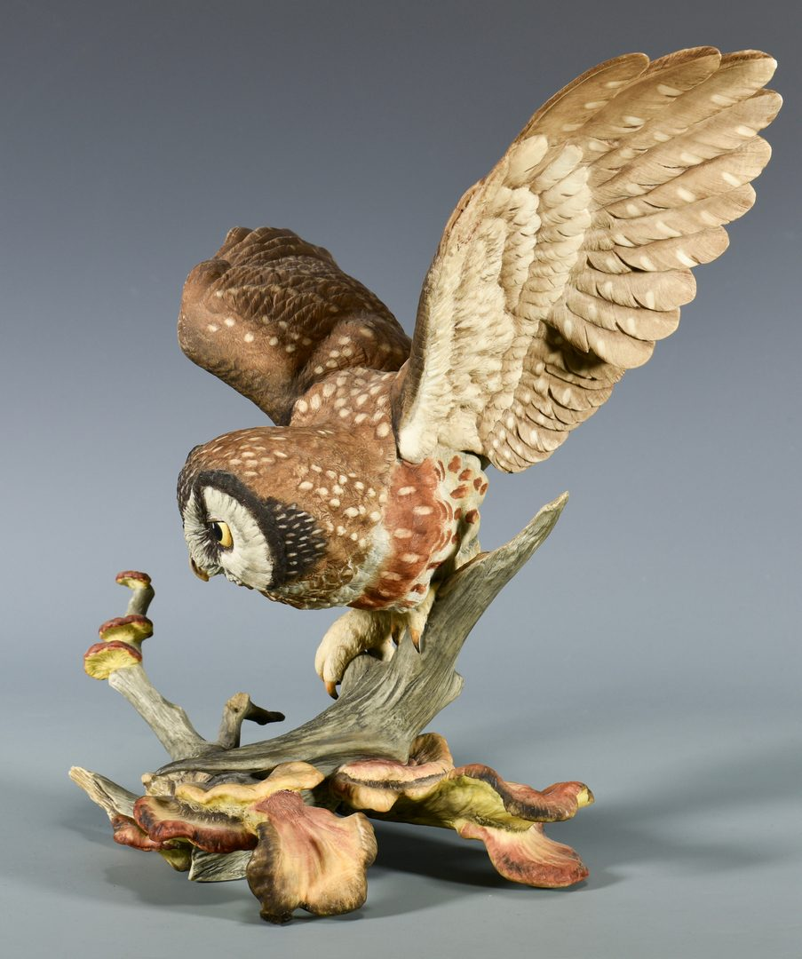 Lot 45: Boehm Owl & French/German Singing Bird Automaton