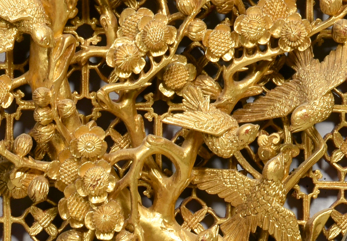 Lot 57: Pr. Chinese Carved Gilt Wood Panels