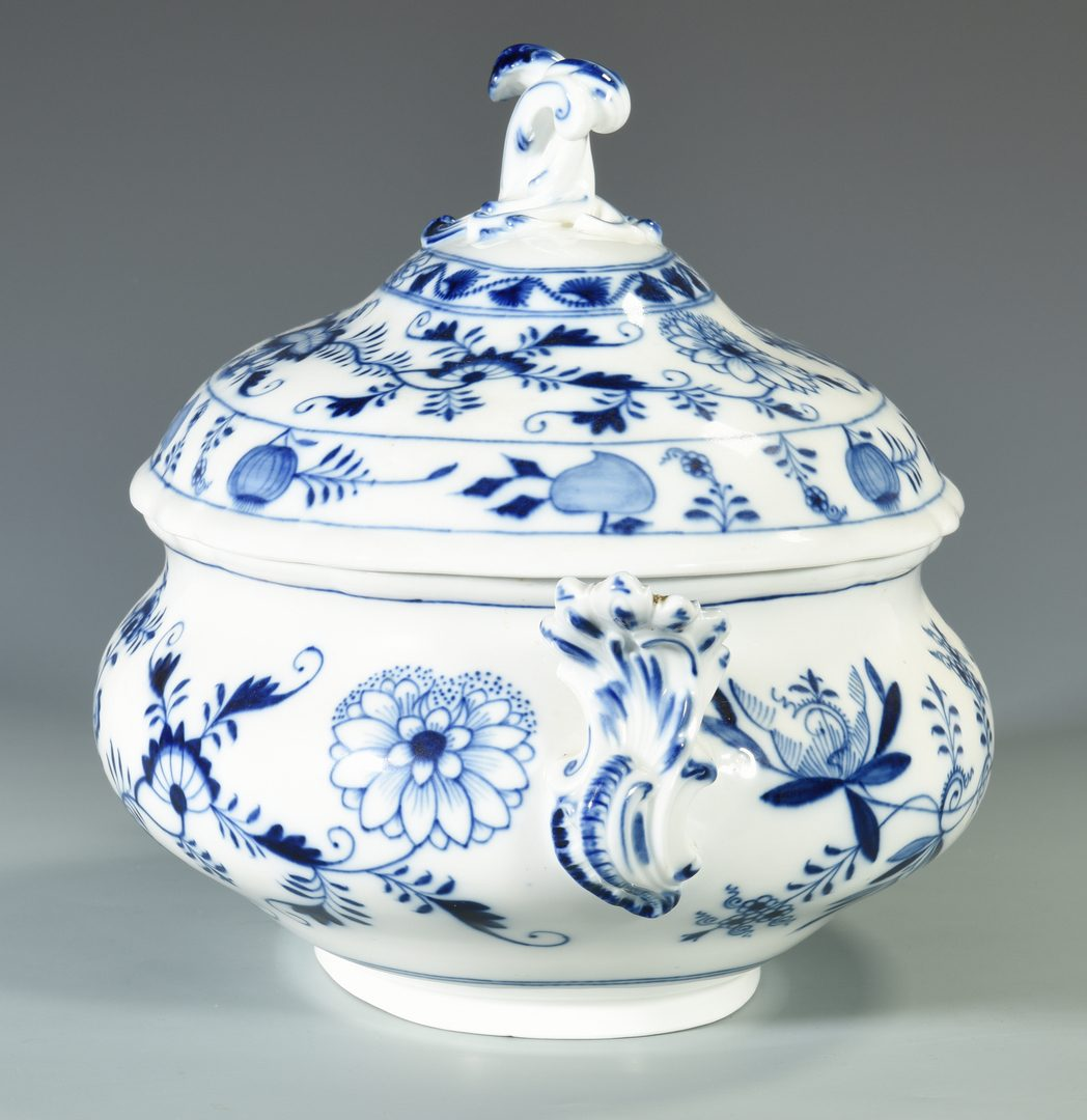 Lot 78: Meissen Porcelain Tureen  and 1 other