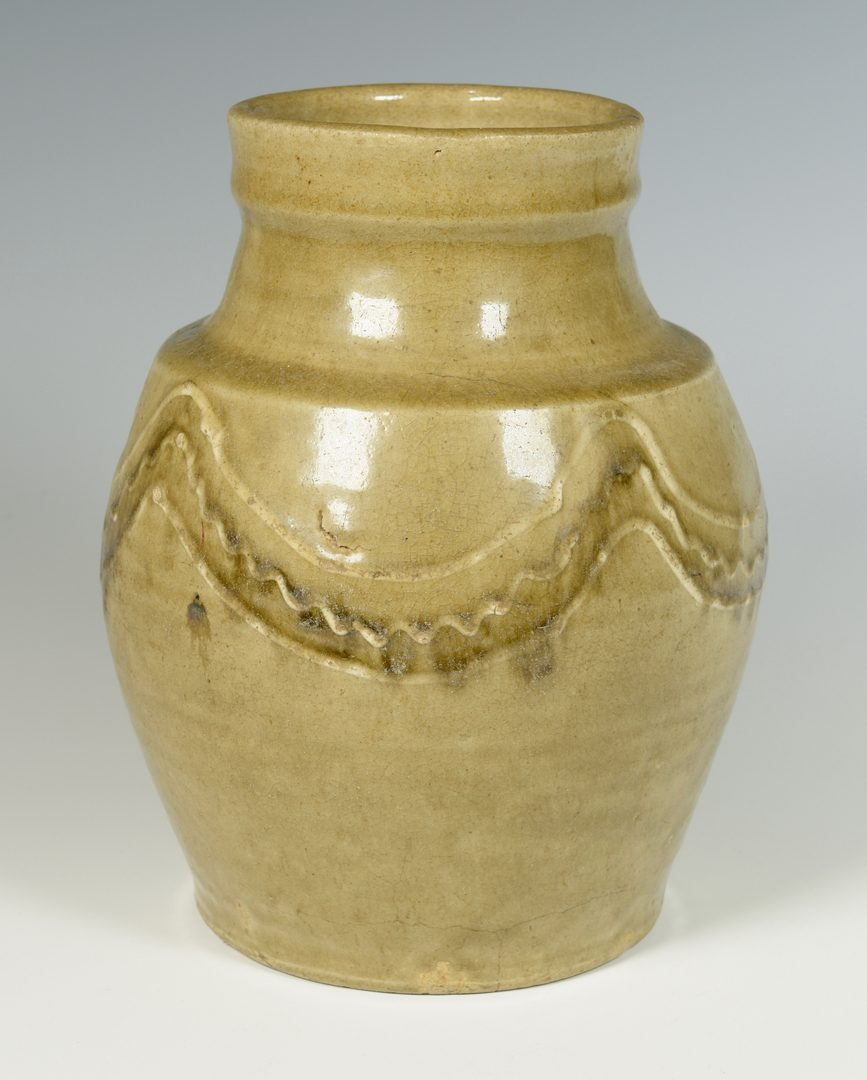 Lot 139: Edgefield South Carolina Decorated Jar