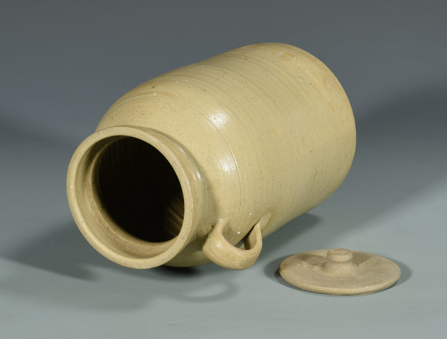 Lot 140: 2 pcs Alabama Stoneware, Daniel Cribbs