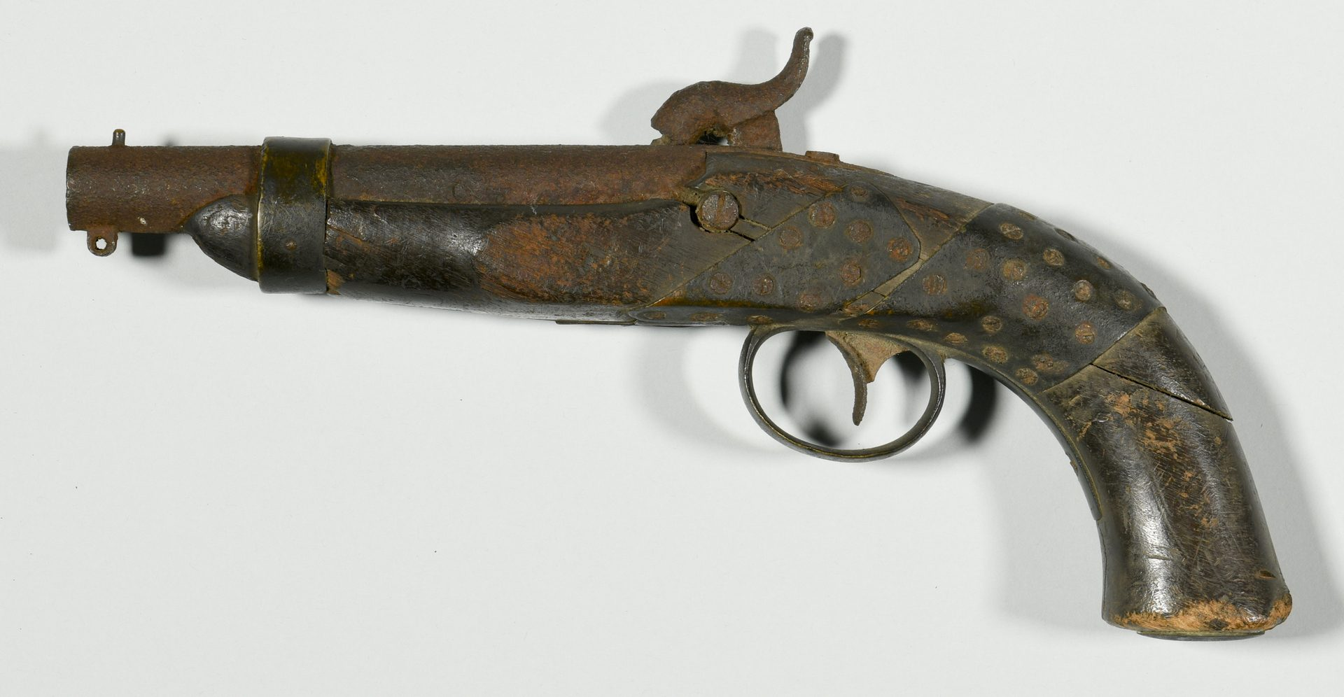 Lot 296: Devon Farm Civil War Dug Artifacts and Lock