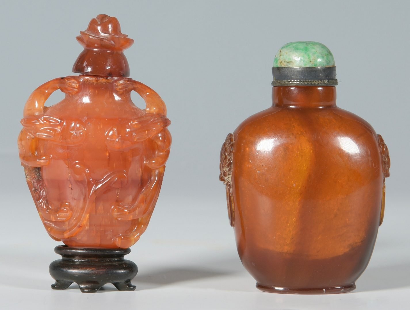 Lot 2: 2 Chinese Snuff Bottles inc. amber
