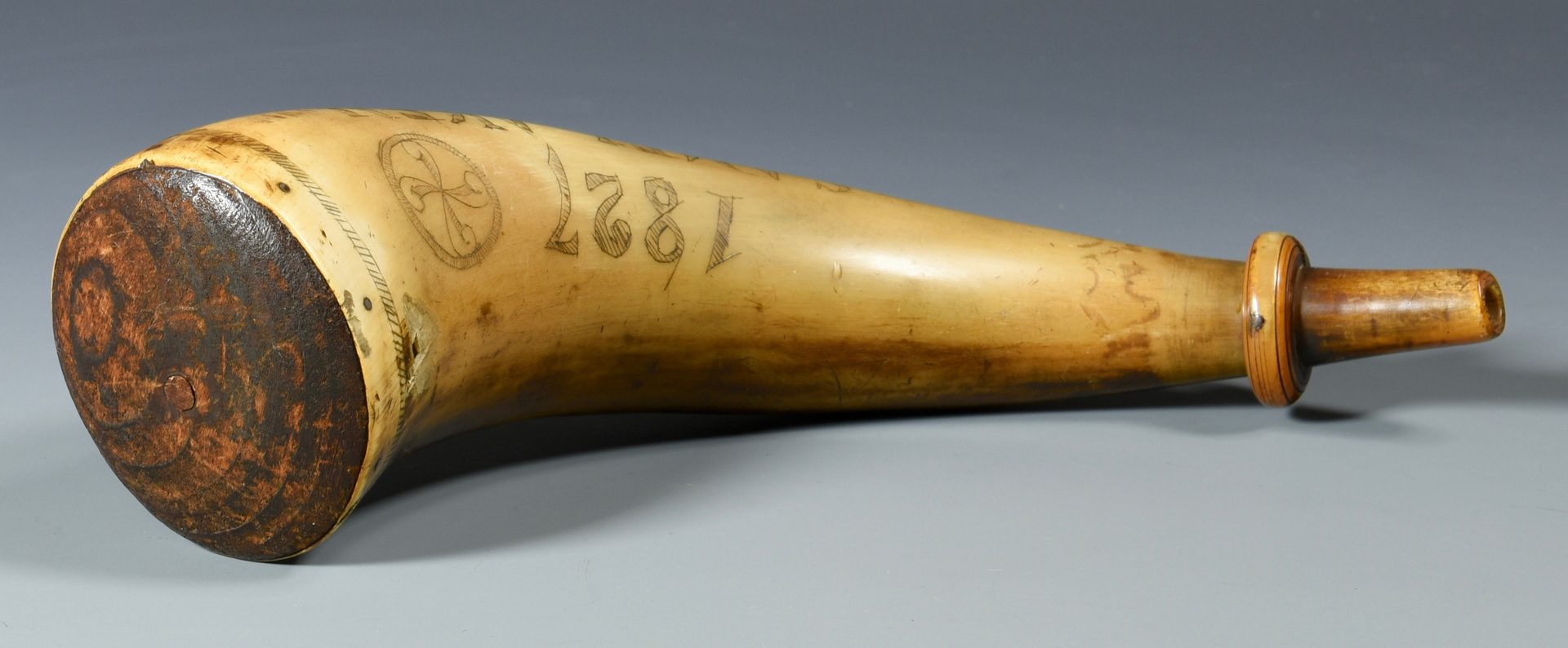 Lot 302: Signed & Dated TN Powder Horn