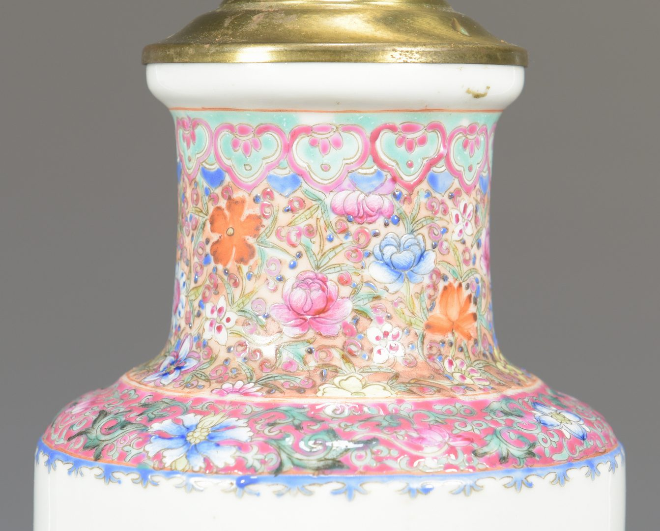 Lot 30: Chinese Famille Rose Porcelain Lamp