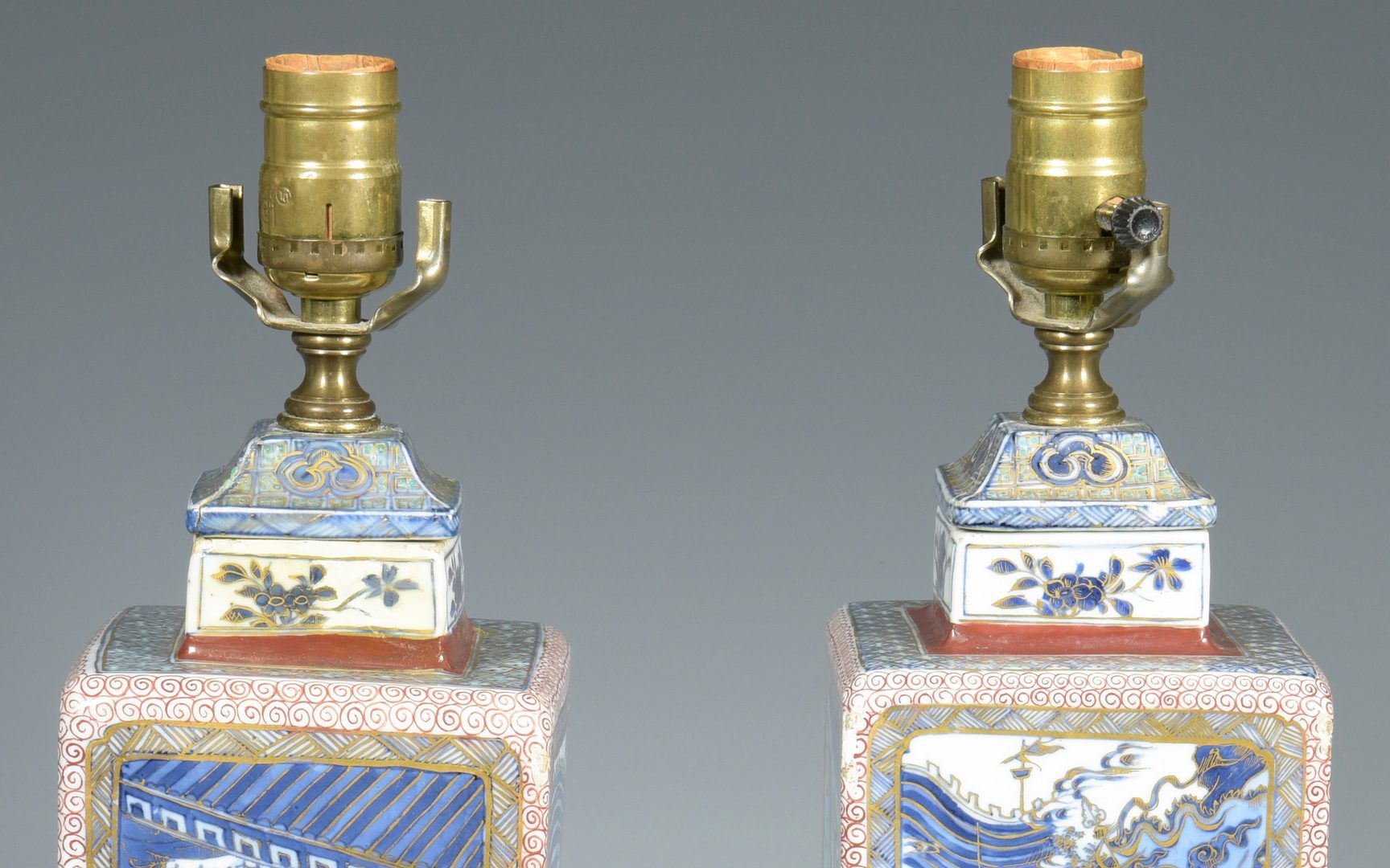 Lot 347: Pair Chinese lamps, Kangxi style