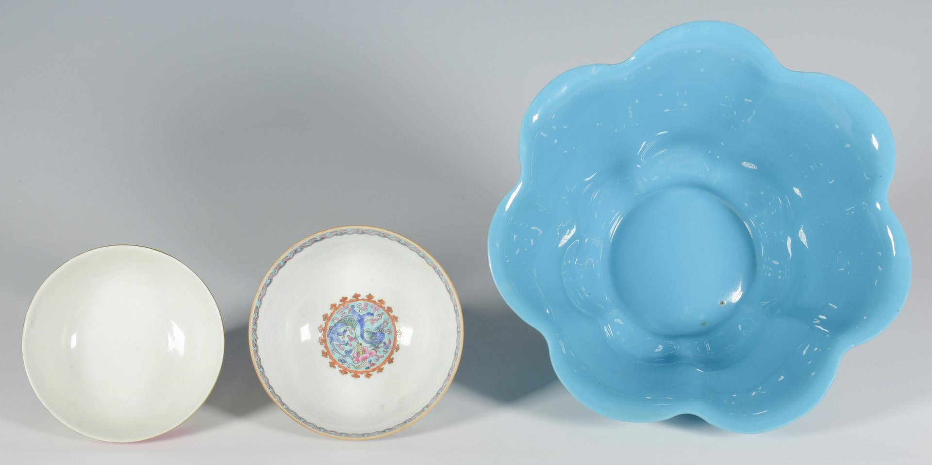 Lot 350: 2 Porcelain Rice Bowls plus Large Peking Glass Bowl