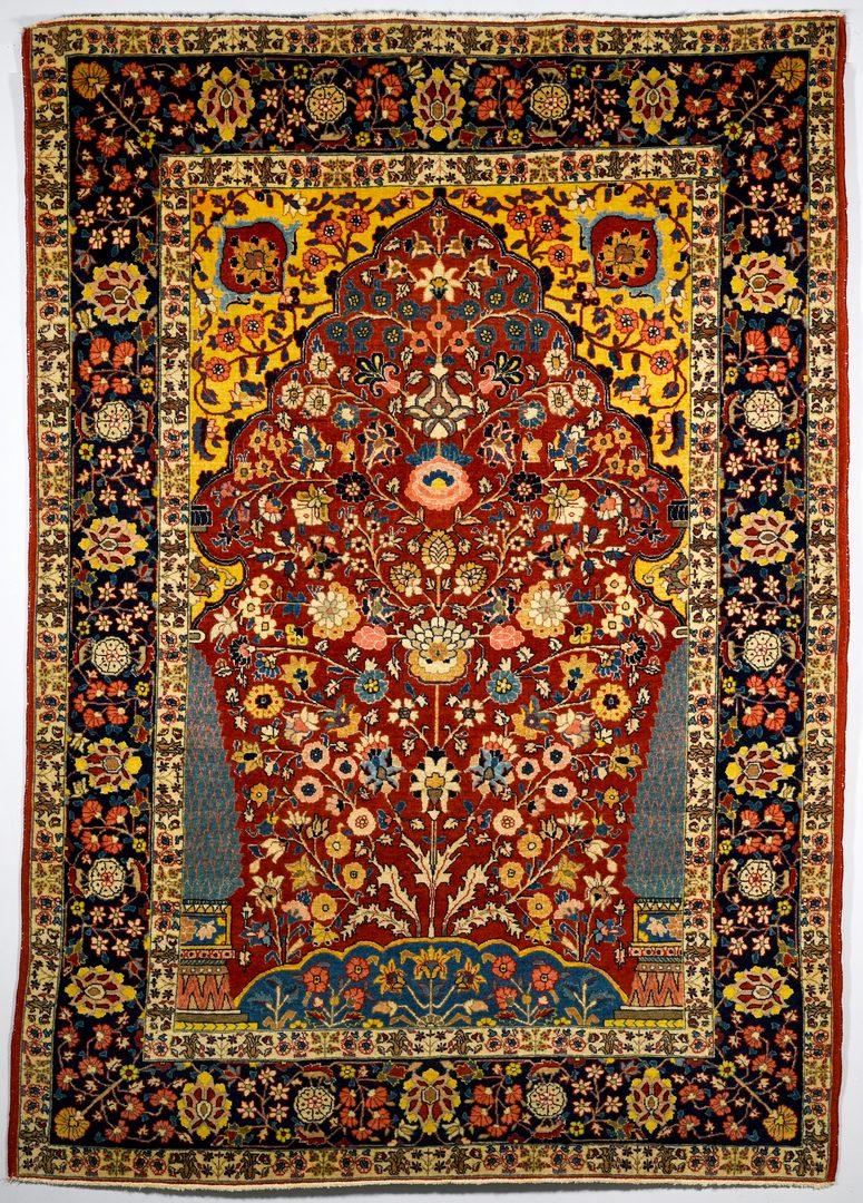 "Lot 373: Antique Persian Isphahan rug, 4'6"" x 6'5"""