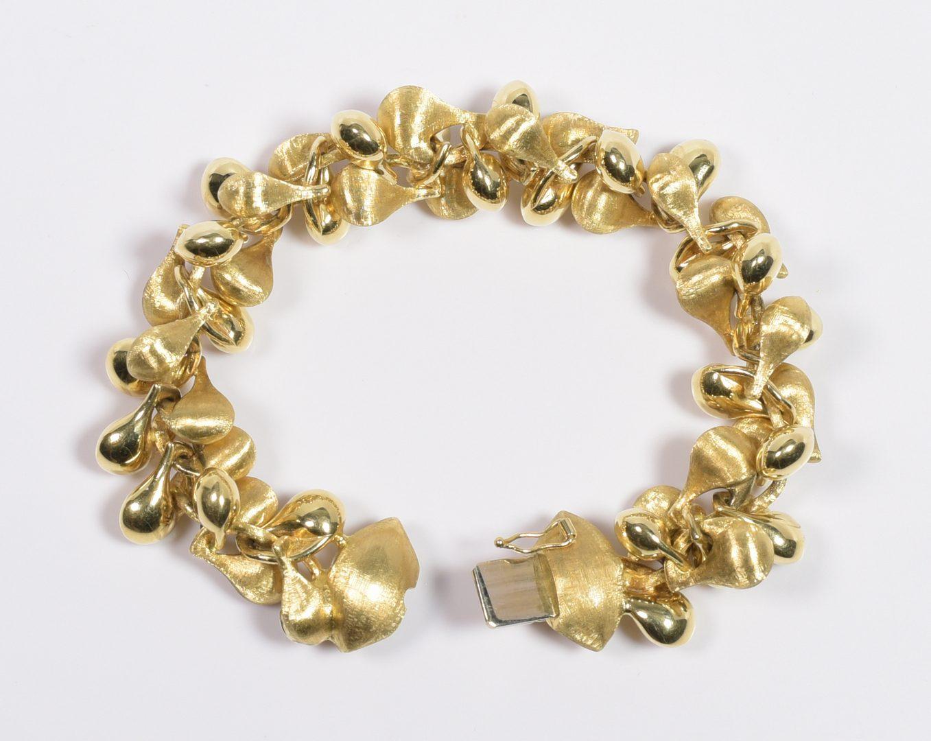 Lot 412: 18K Nanis Transformista Bracelet