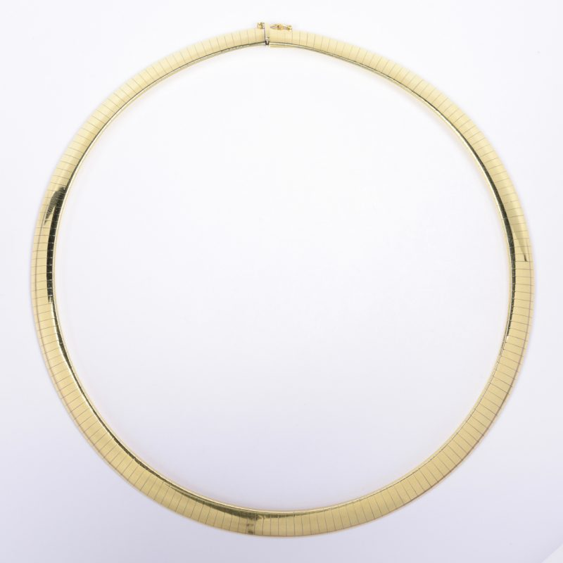 "Lot 413: 18K Omega Collar Necklace, 17"" L"