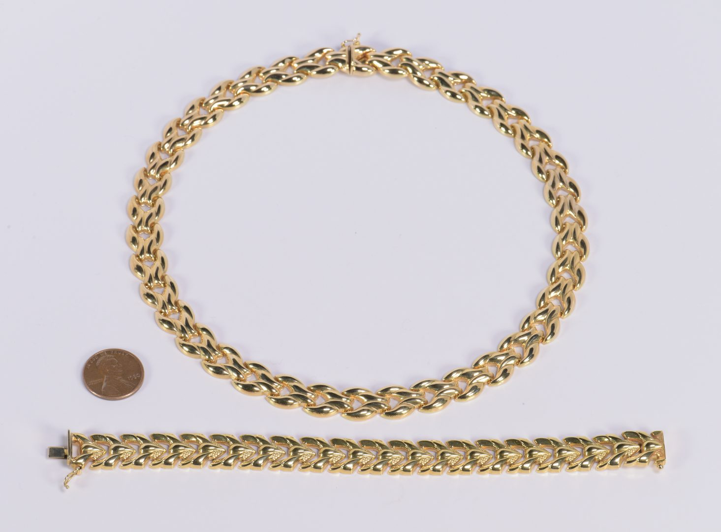 Lot 414: 14K Italian Necklace and Bracelet