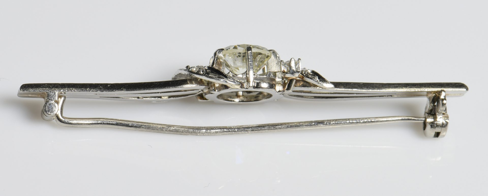 Lot 418: 18K Vintage 1 ct. Diamond Collar Pin