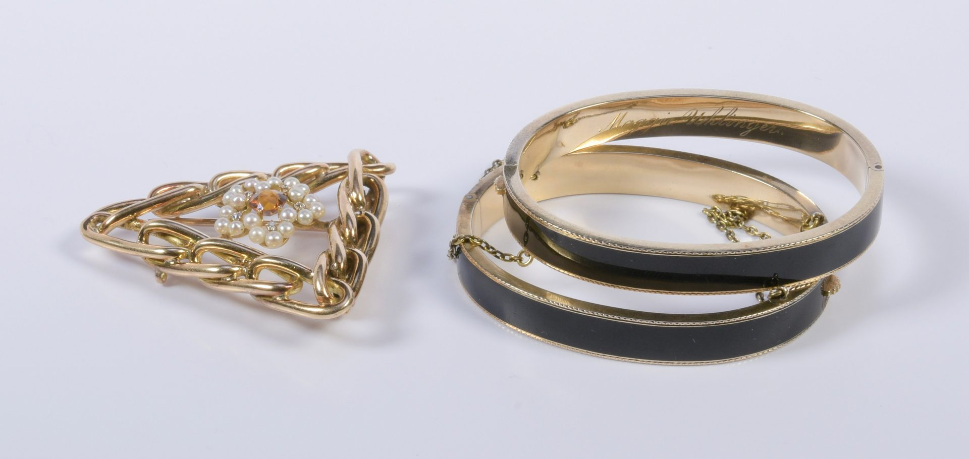 Lot 422: 14K Triangle Link Brooch and 2 Bangles