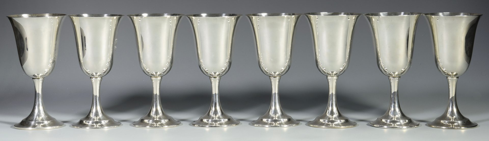 Lot 453: Set of 8 sterling goblets, Lord Saybrook
