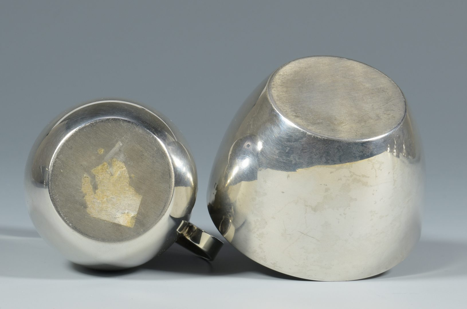 Lot 462: 7 Modernist Sterling Silver Items