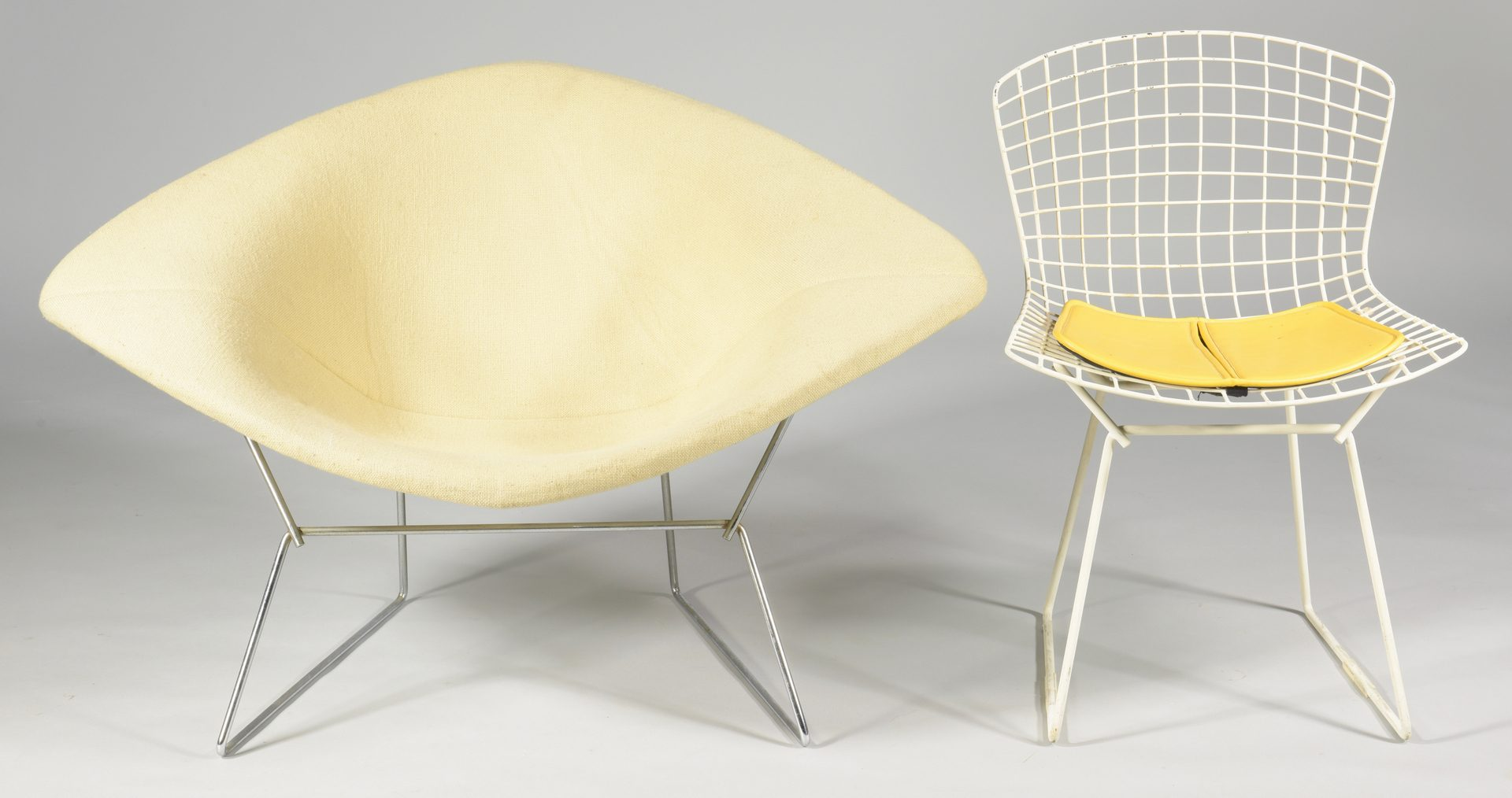 Lot 486: 2 Harry Bertoia Knoll chairs