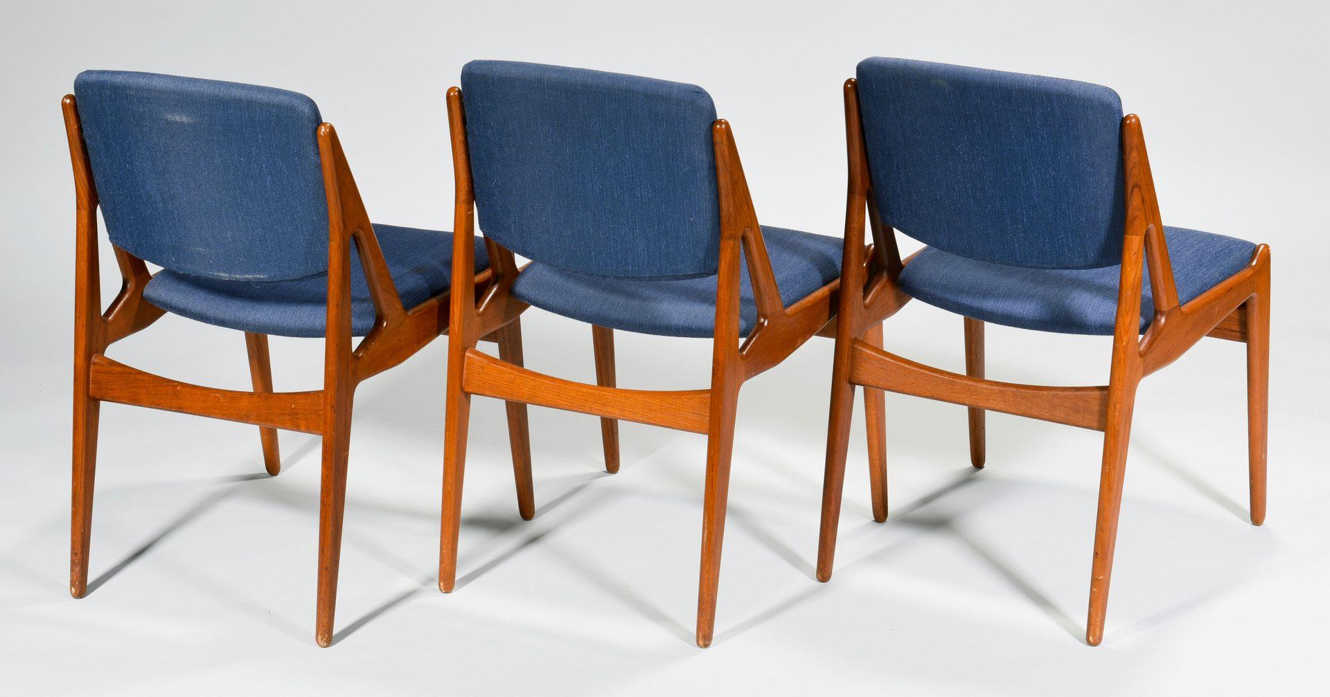 Lot 491: Set 8 Vamo Sonderborg Dining Chairs att. Arne Vodder