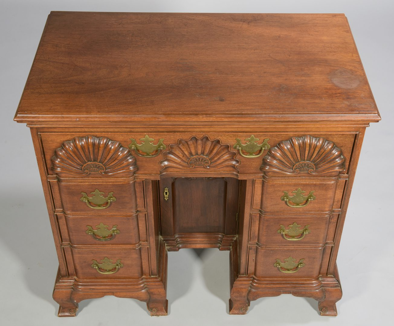 Lot 581: Chippendale Style Block and Shell Desk