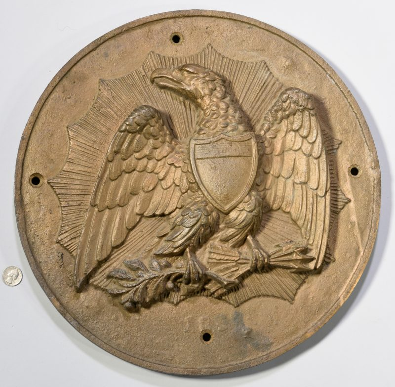 Lot 602: Cast Iron Eagle Architectural Medallion