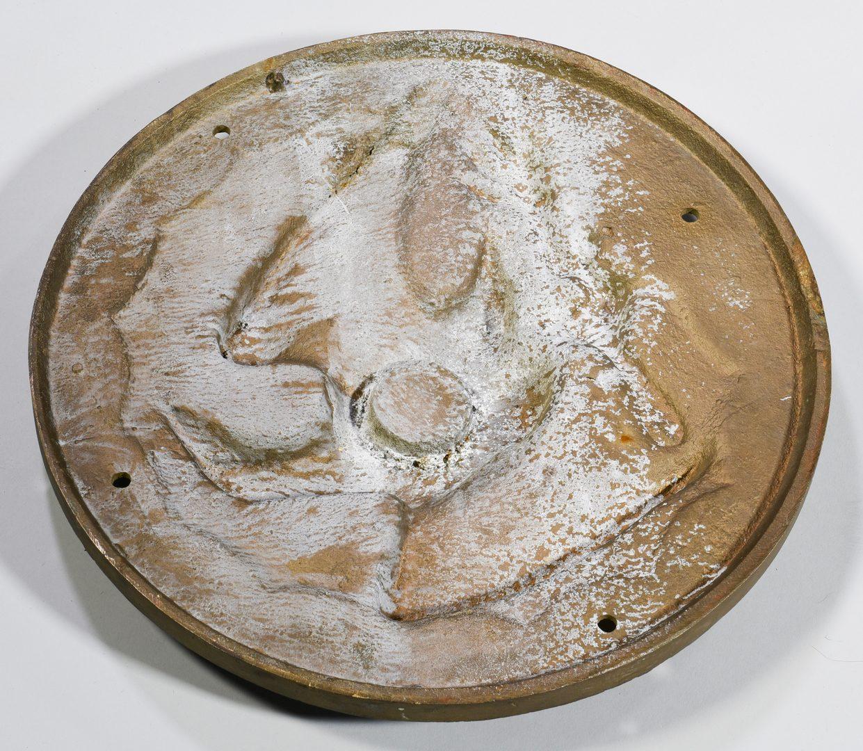Lot 602: Cast Iron Eagle Architectural Medallion