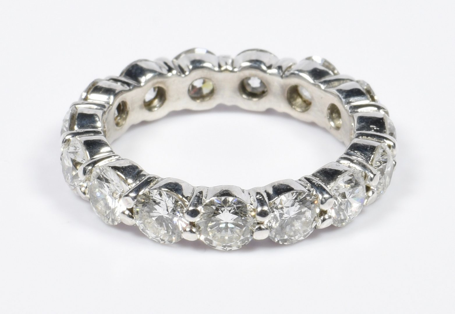 Lot 60: Platinum 4 ct. total Diamond Eternity Band