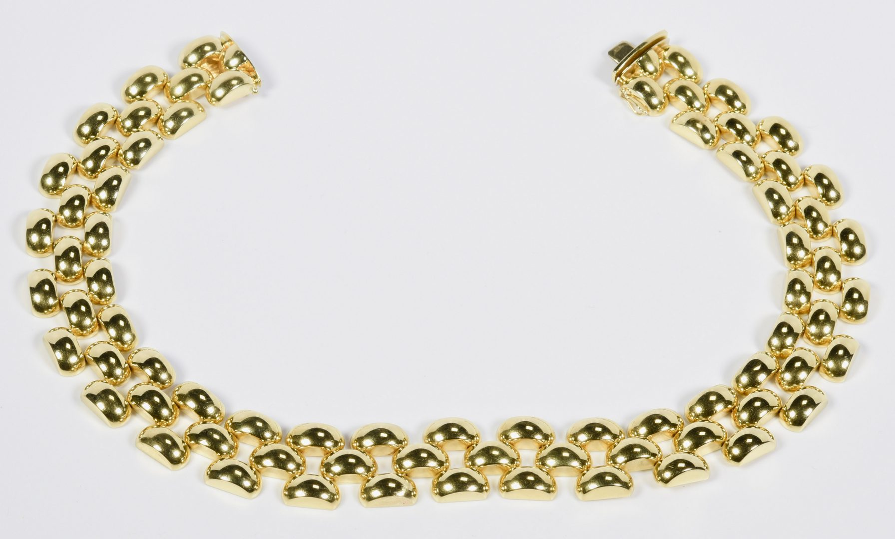 Lot 70: 18K Italian Panther Link Necklace, 125.6 grams