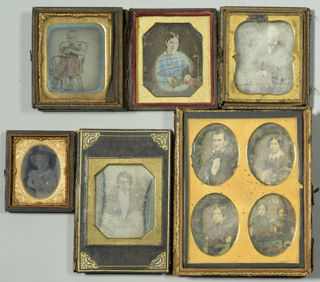 Lot 757: Archive of ambrotypes, tintypes, dags, silhouettes and miniature portraits