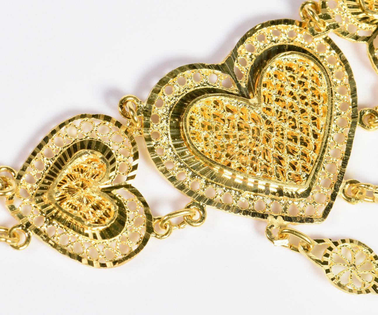 Lot 778: 21K Gold Filigree Heart Jewelry 3-pc Set