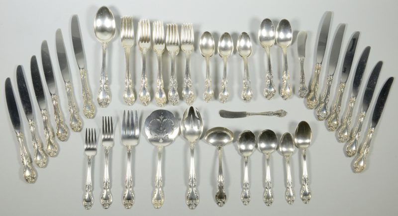 Lot 833: Gorham Melrose sterling flatware, 72 pcs
