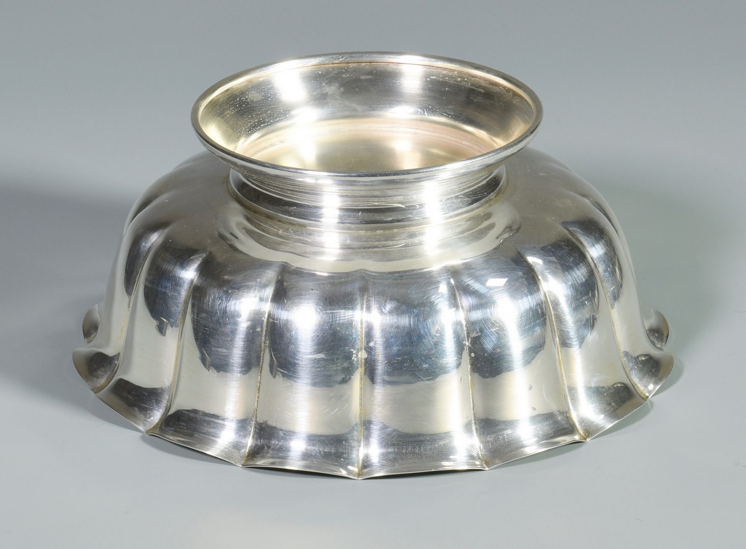 Lot 838: 2 Sterling Silver Bowls, incl. Tiffany