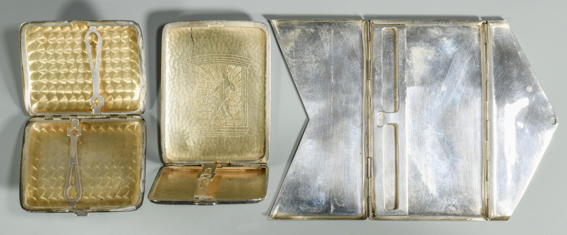Lot 852: Misc. silver inc. vanity pieces, 14 items