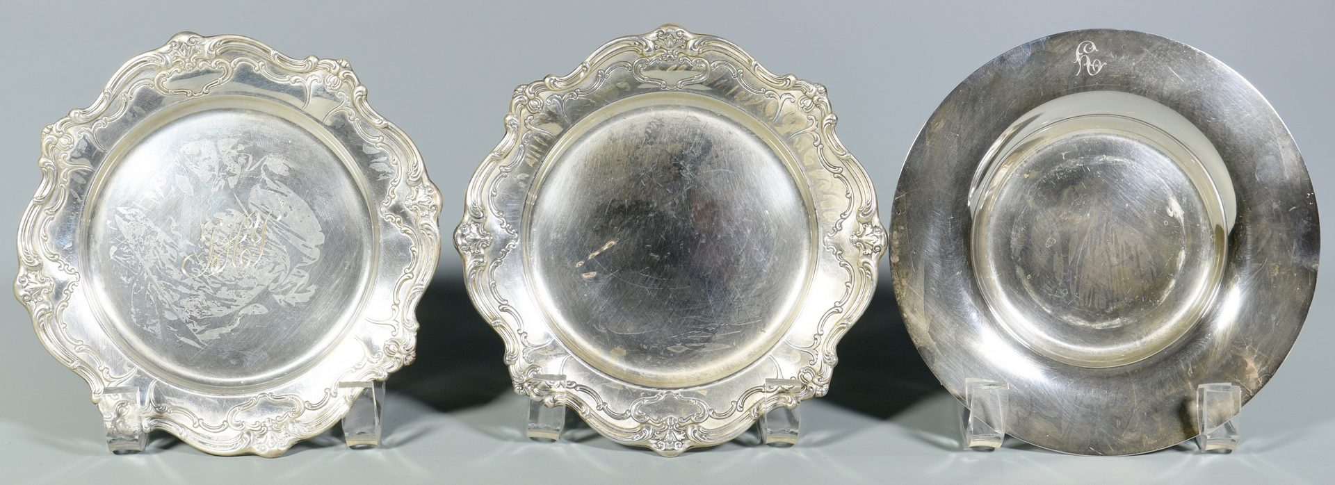 Lot 855: 13 assorted Sterling Plates and Trays