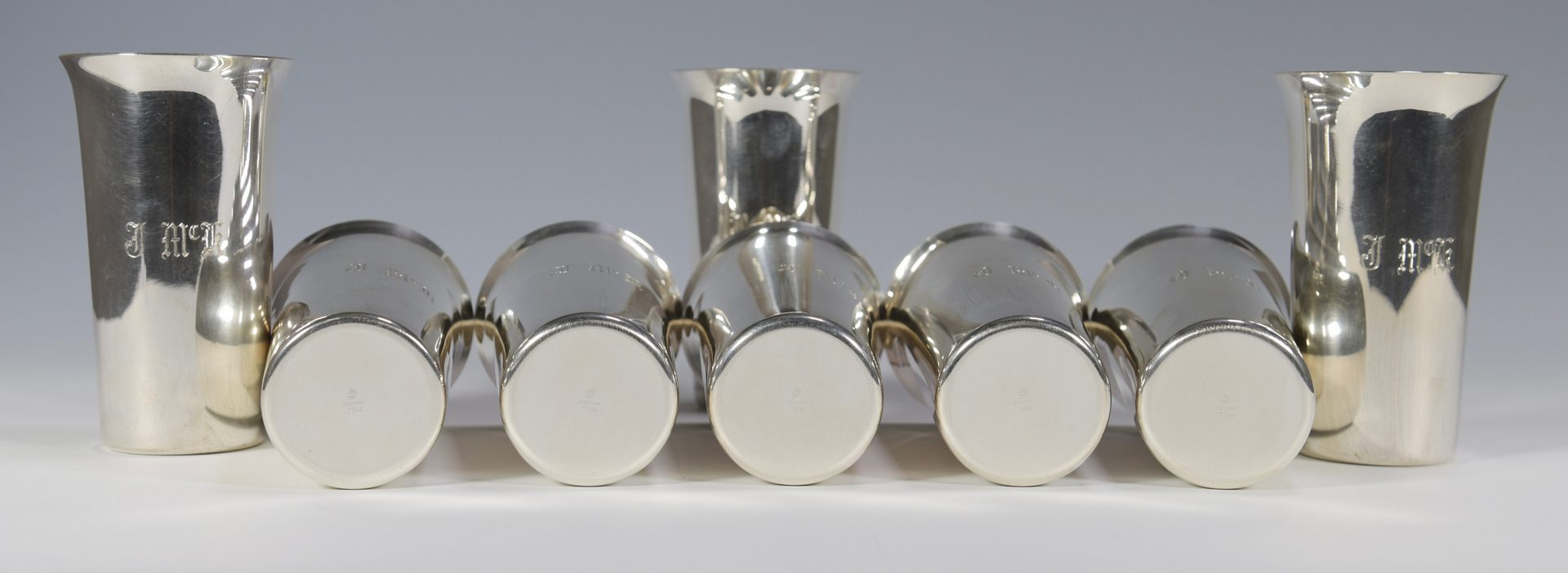 Lot 865: Assembled Set 8 Sterling Silver Beakers