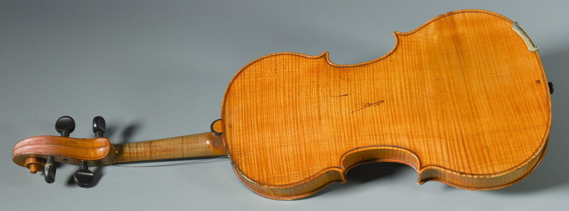 Lot 893: 19th century French Mirecourt Violin