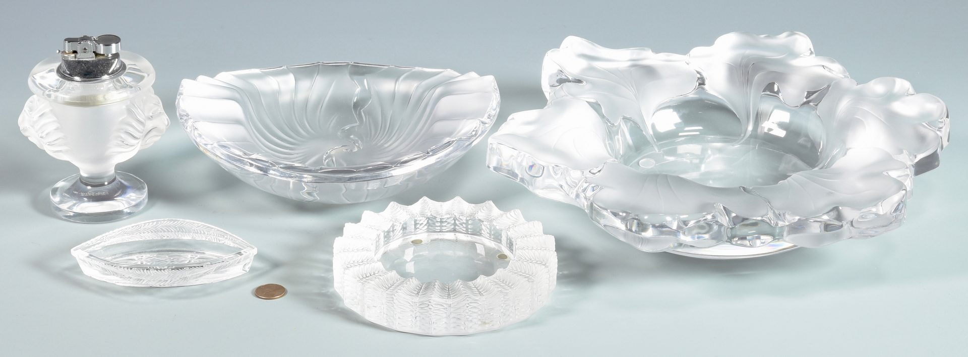 Lot 902: 5 Lalique Glass Table Items
