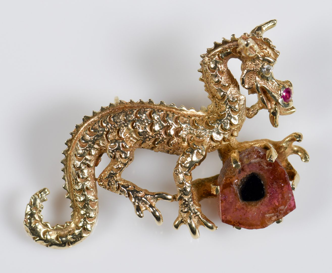 Lot 953: 3 14K Dragon Pendants with chain
