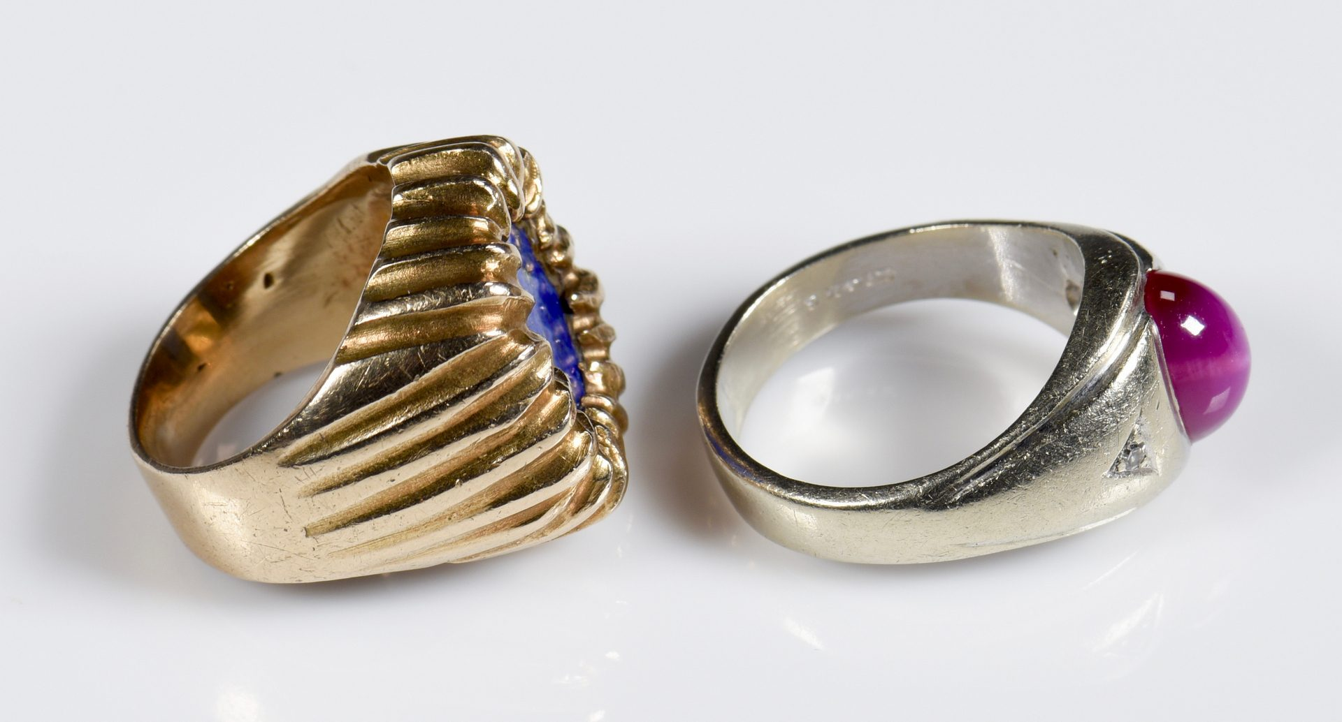 Lot 955: 5 14K and 18K Gent's Jewelry Items