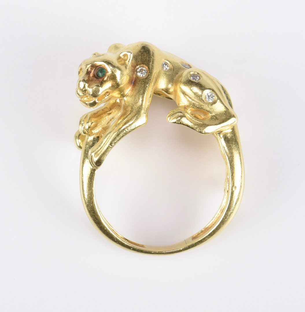 Lot 958: 18K Panther Ring with diamonds