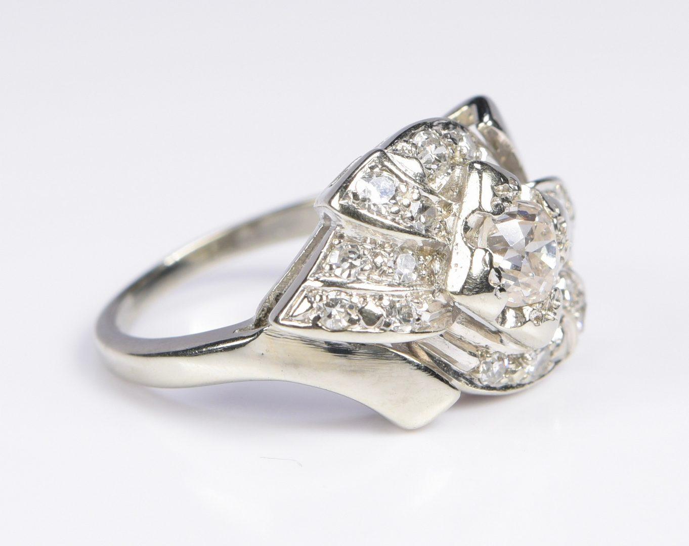 Lot 959: 14K Vintage Diamond Ribbon Ring